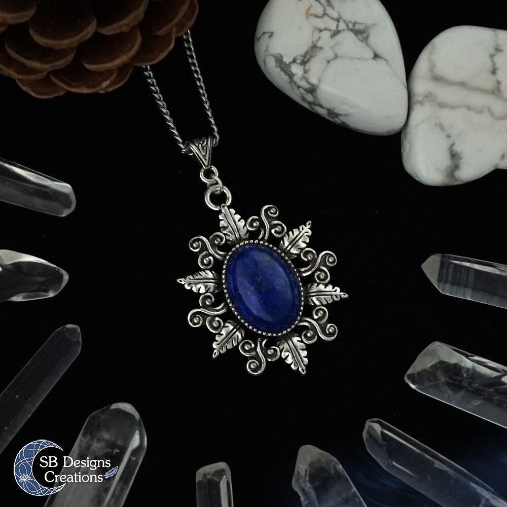 Lapis-Lazuli-Edelsteen-Spirituele-Werking-SBDesignsCreations