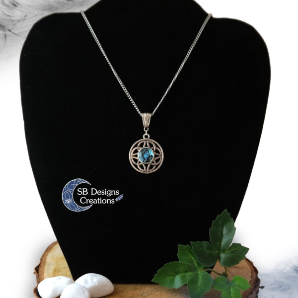 Balance-Celtic-Necklace-SB Designs Creations-2