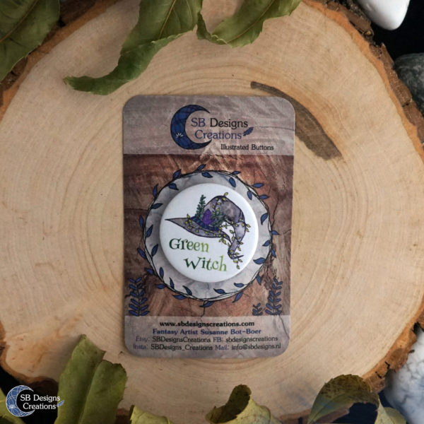 Green-Witch-Button-Pin-Witchcraft-Pagan-SBDesignsCreations-1