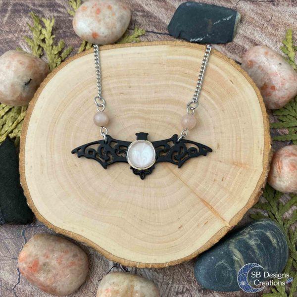 Vleermuis-Ketting-Bat-Necklace-Vampire-Sunstone-Spirit-Animal-1