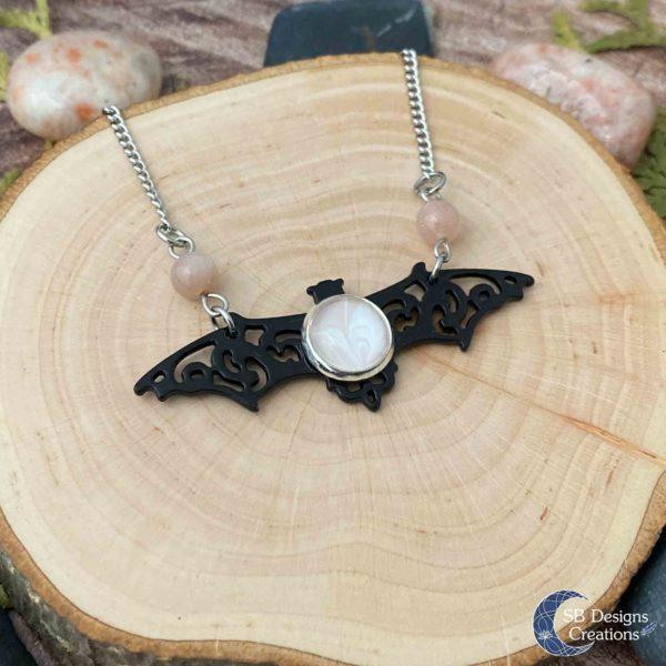 Vleermuis-Ketting-Bat-Necklace-Vampire-Sunstone-Spirit-Animal-2