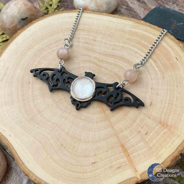 Vleermuis-Ketting-Bat-Necklace-Vampire-Sunstone-Spirit-Animal-3