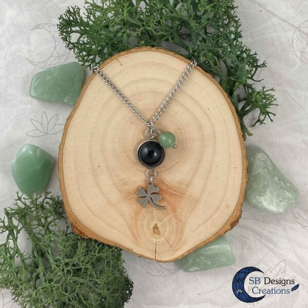 A little bit of Luck - aventurine and onyx