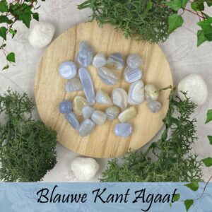Blauwe kantagaat/ Blue lace agate