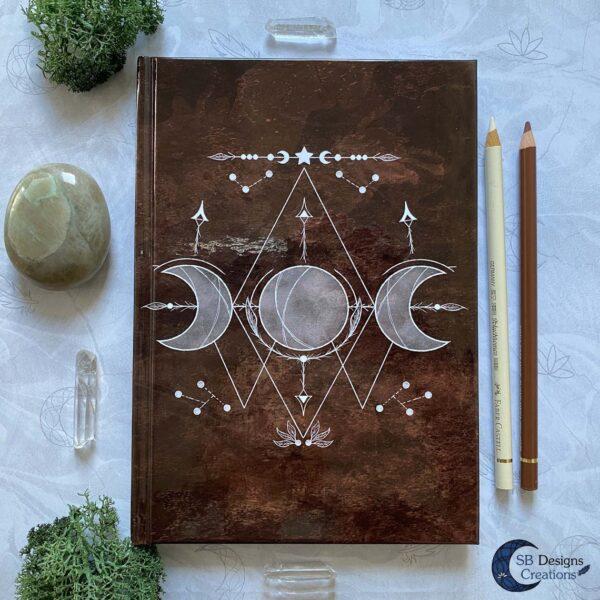 Book of Shadows Bruin Maanmagie Drievoudige Maan