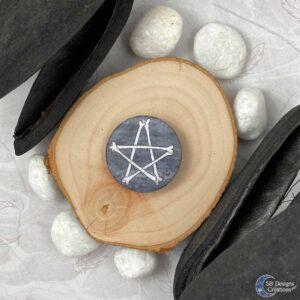 Botten pentagram Button Pin