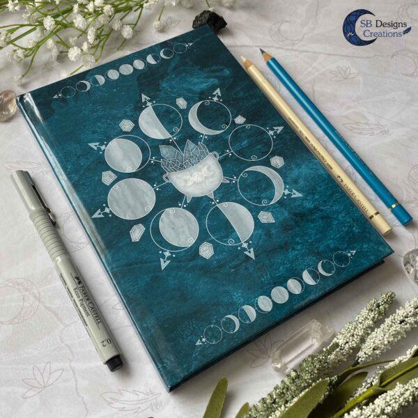 Maanfasen Hardcover Notitieboek A5 Blanco of Lijntjes Witch Book of Shadows Teal-5