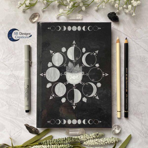 Maanfasen Moon Cycle Heksenketel Zwart Notitieboek Hardcover A5-1