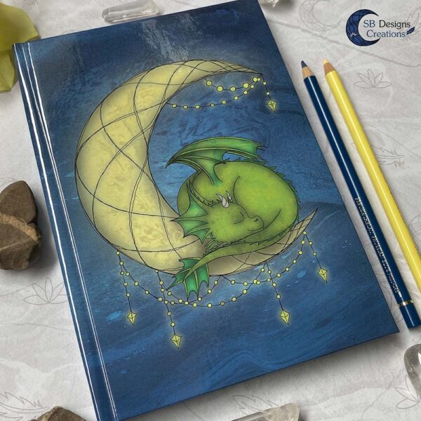 Maandraak Draakje op de Maan Book of Shadows