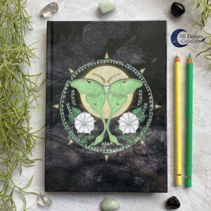Luna Mot Krachtdier Spiritueel Notitieboek Hekserij
