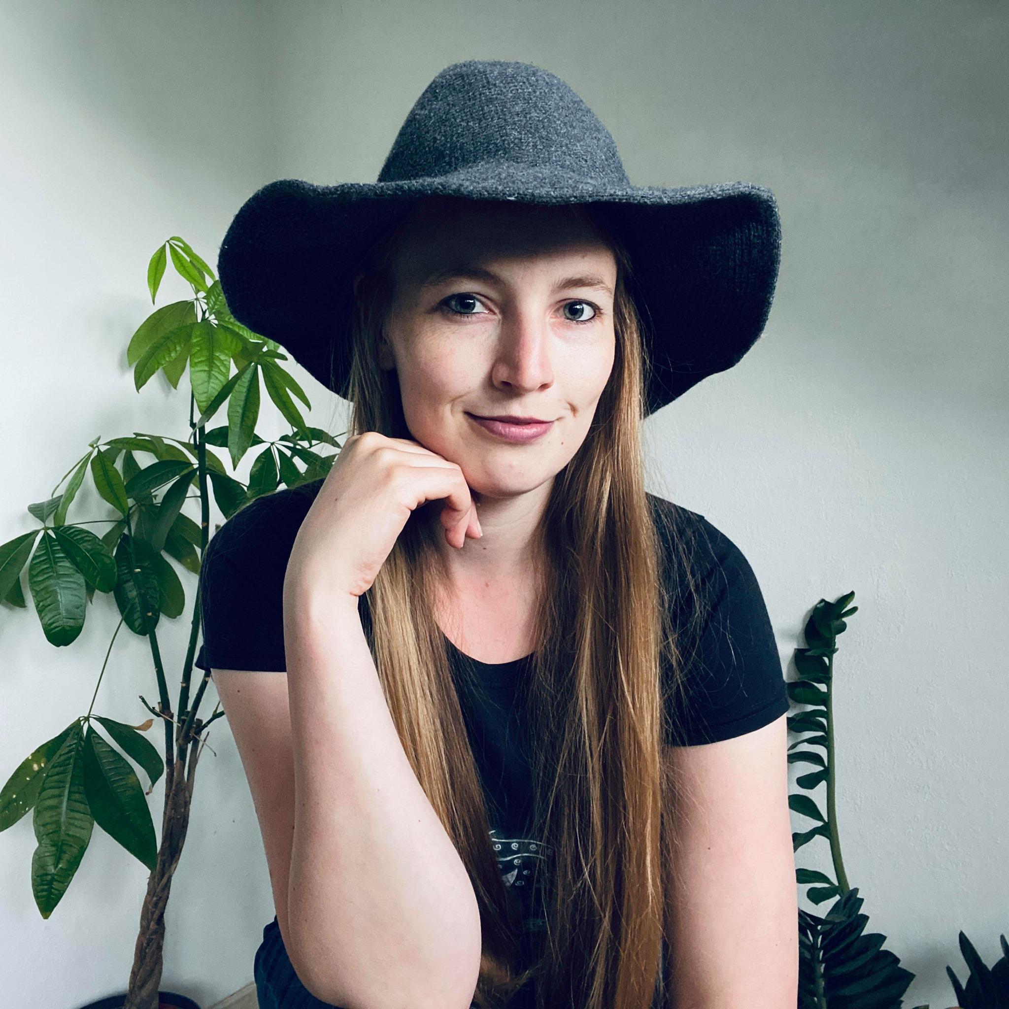 Susanne Bot Boer Fantasy Witchy Artist SB Designs Creations
