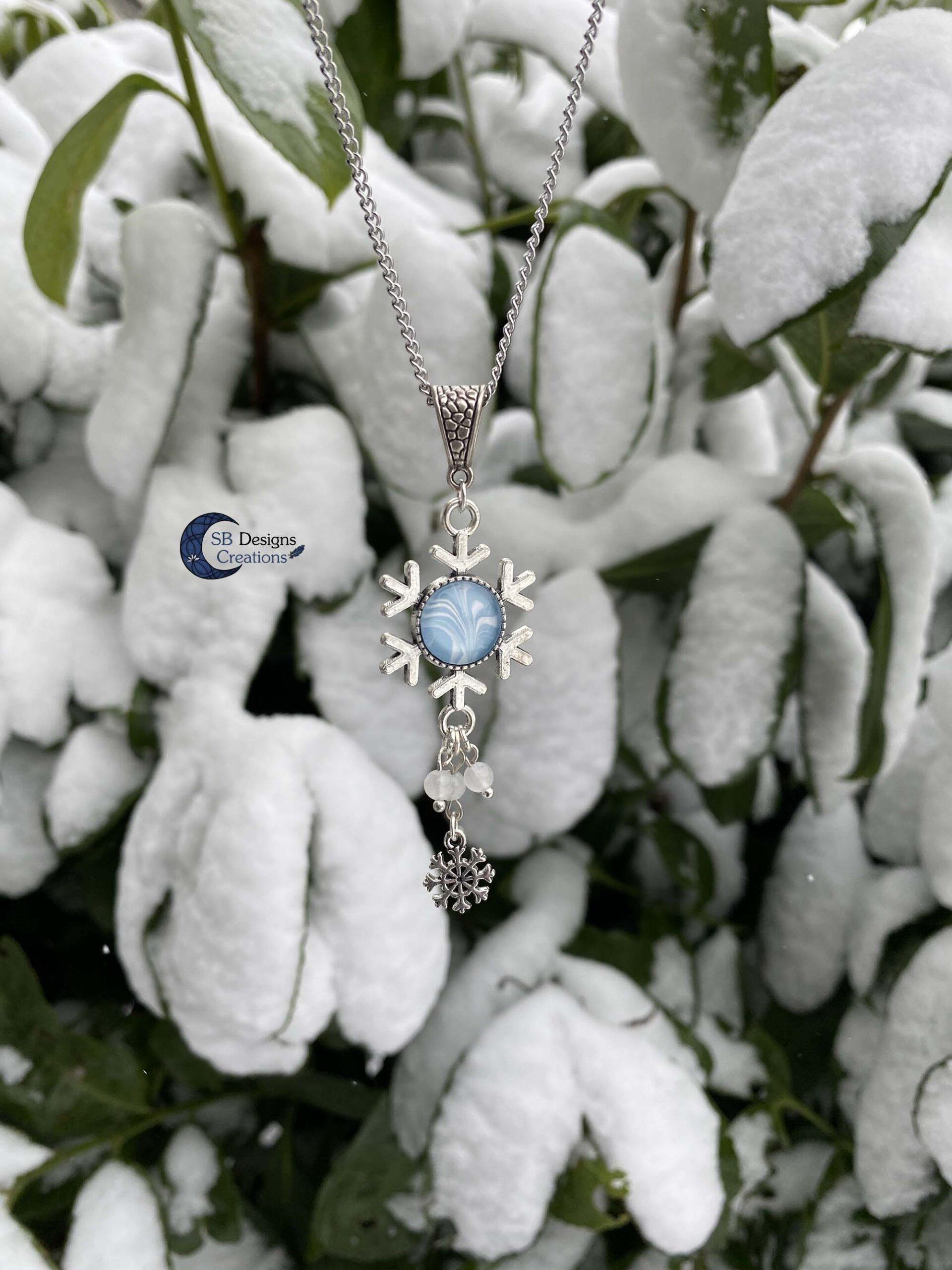 Snowflake-Necklace-Winter-Wonderland-Jewelry-scaled